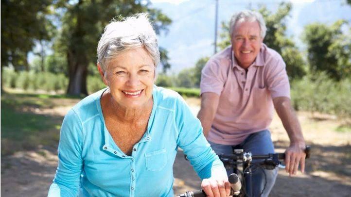 Ciclistas mayores (archivo)