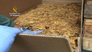 Cae una red que hacía contrabando con picadura de tabaco en Fuenlabrada