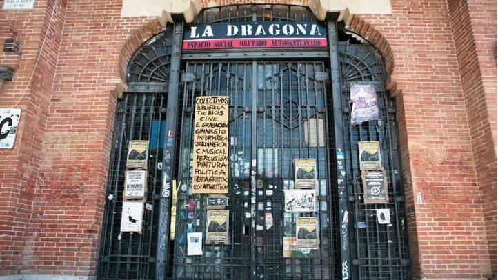 El Ayuntamiento anula el desalojo de la casa okupa La Dragona para continuar el diálogo