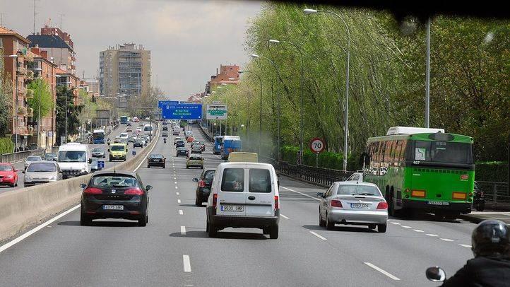 El Ayuntamiento reducirá espacio al coche en Alcalá y paseo de Extremadura y el PP vaticina una