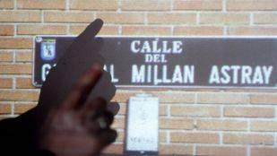 El cambio de nombre de la calle del General Millán Astray ha contado con la contestación de algunas voces.