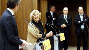 Reunión entre el ministro de fomento, íñigo de la Serna, y la alcaldesa de Madrid, Manuela Carmena, para tratar de llegar a un acuerdo sobre la propuesta Madrid Puerta Norte o el proyecto Distrito Castellana Norte.