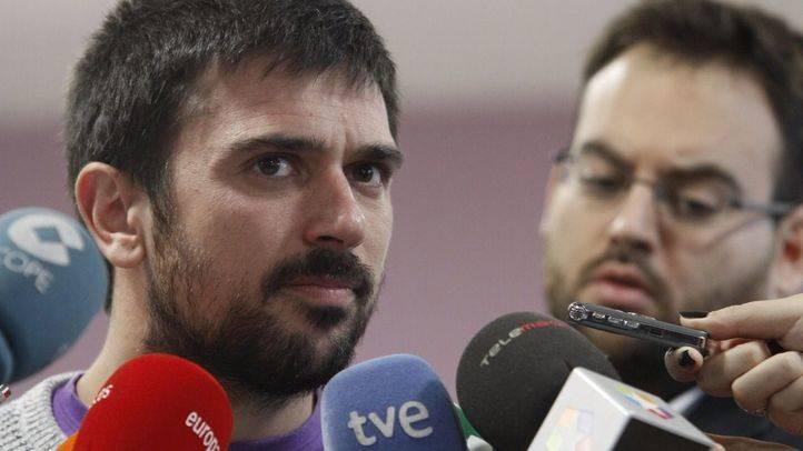 Ramón Espinar, autorizado a seguir ocupando tres cargos a la vez