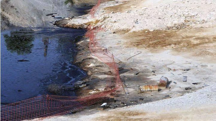 La Comunidad cree que habrá terminado de limpiar la 'laguna negra' de Arganda en 2018