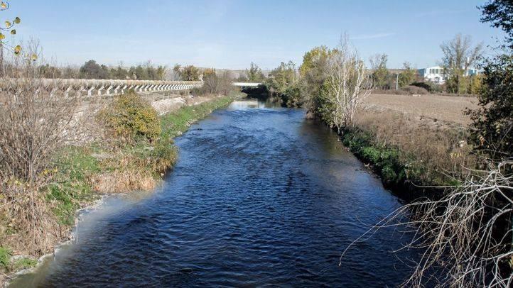 Río Manzanares a su paso junto a la depuradora Madrid Sur.