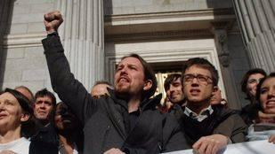 Los 'errejonistas' desafían a Iglesias y recogen firmas por una Asamblea Ciudadana