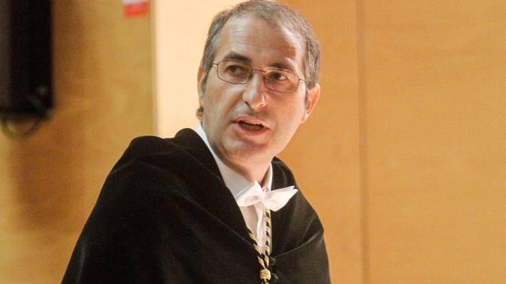 La oposición de la Asamblea espera que el rector de la Universidad Rey Juan Carlos asista el miércoles a dar explicaciones