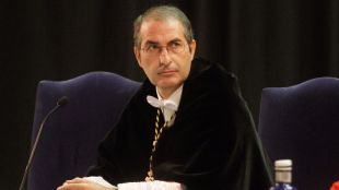 El rector de la URJC deja su cargo en la CRUE tras las acusaciones de plagio