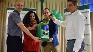 Las instalaciones del Colegio Público Doctora de Alcalá han acogido la entrega de premios del concurso 'Aprende a reciclar vidrio en tu cole'