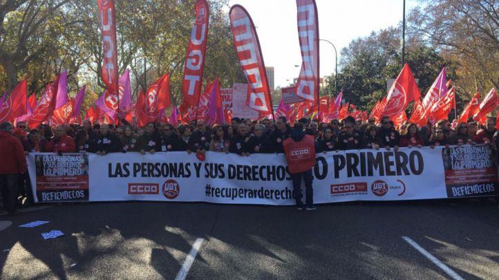 Cabecera de la manifestación convocada por los sindicatos