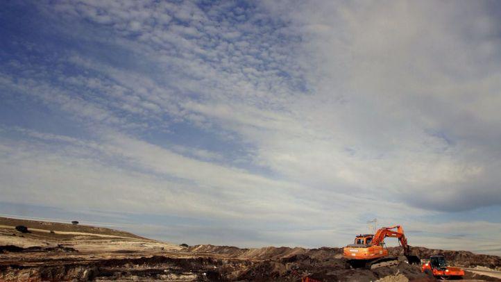 Madrid queda limpio de residuos del incendio del vertedero de Seseña