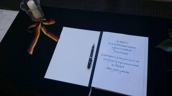 Libro de condolencias por el atentado de Berlín en la Embajada de Alemania en Madrid