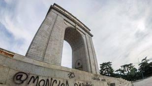 Compromís pide al Gobierno que actúe contra el Arco de la Victoria