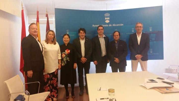David Pérez en una reunión con CEBDS por la creación de un Centro Internacional de Salud