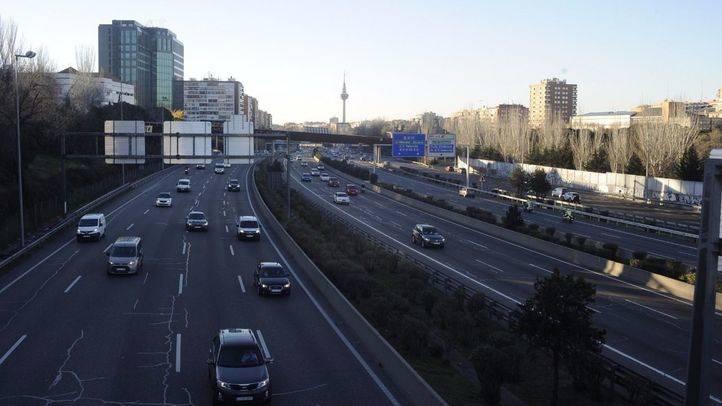 El tráfico baja un 15,8% en el centro y aumenta el uso del transporte público