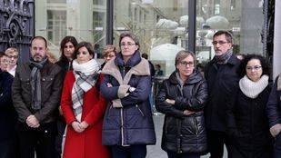 Minuto de silencio por la mujer asesinada en Rivas por violencia de género