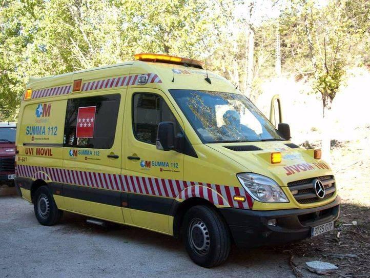 Herido grave un trabajador tras caerle encima una plancha de 1.500 kilos