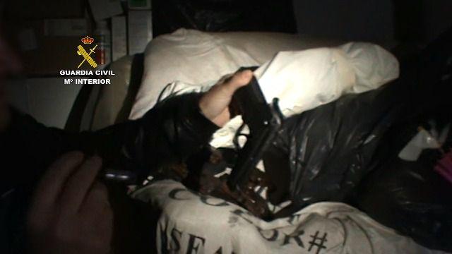 Dos detenidos por robo con violencia en varias gasolineras