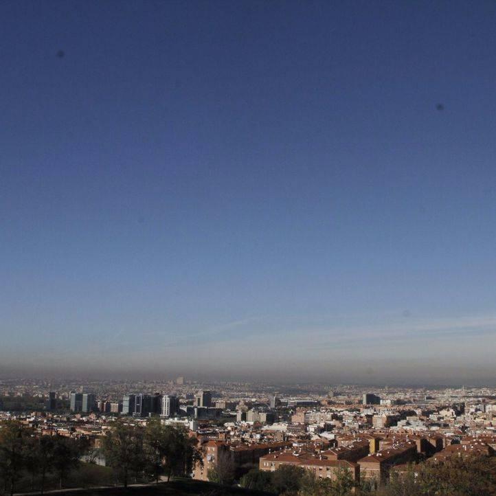 La AEMET prevé que la situación atmosférica mejore a partir del jueves y se reduzca la boina de contaminación
