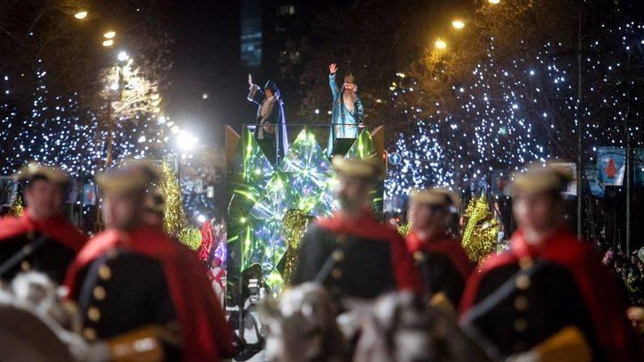 La Guardia Civil escolta la llegada de los Reyes en la pasada edición.
