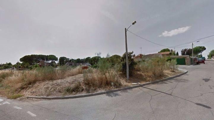 Dos jóvenes de 18 y 24 años fallecen en un accidente de moto en Ribatejada