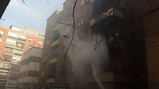 Muere una mujer en un incendio de una vivienda en Carabanchel