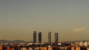 Contaminación en el 'skyline' madrileño