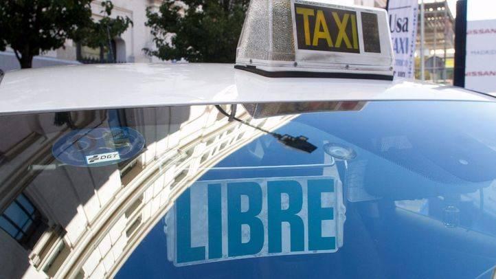 Un 25% más de inspectores de transporte en la Comunidad para luchar contra el intrusismo en el sector del taxi