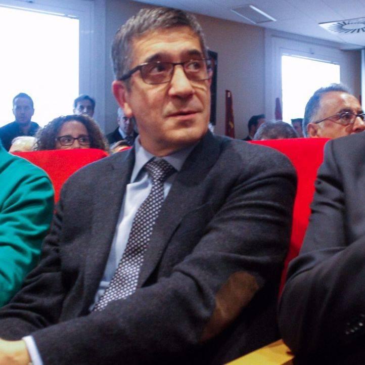Patxi López finalmente se decide a presentarse a las primarias del PSOE