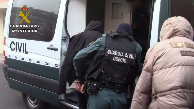 Desarticulada una célula de albaneses especializada en robos de viviendas de lujo en torno a la A-6