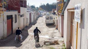Un tercio de las 7.283 personas que viven en la Cañada Real son menores