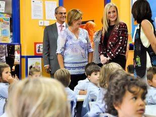 Cifuentes propone una bajada de tasas del 10% en Infantil y aumentar las becas escolares