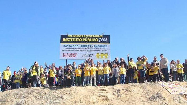 Manifestación en Villaverde reclamando un instituto público