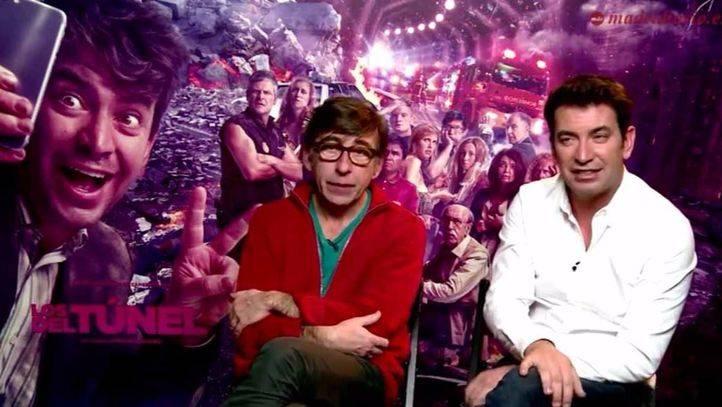 Arturo Valls y Pepón Montero, protagonista y director de 'Los del túnel', durante su entrevista con Madridiario