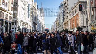 Paso de peatones en la calle Gran Vía.