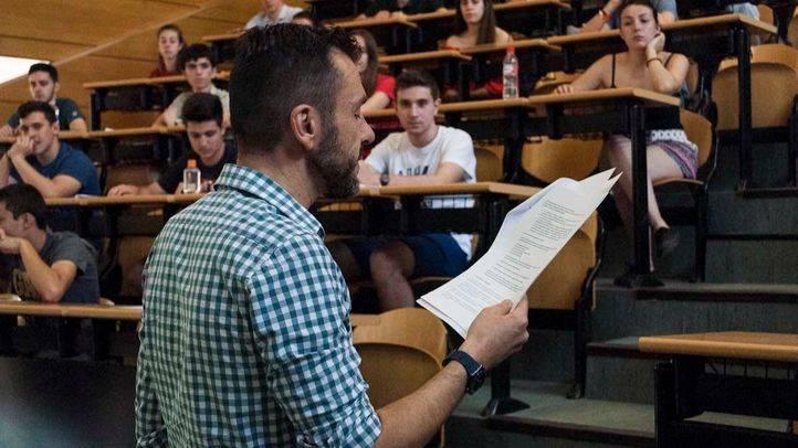 Selectividad en la Facultad de Odontología de la Universidad Complutense. (Archivo)