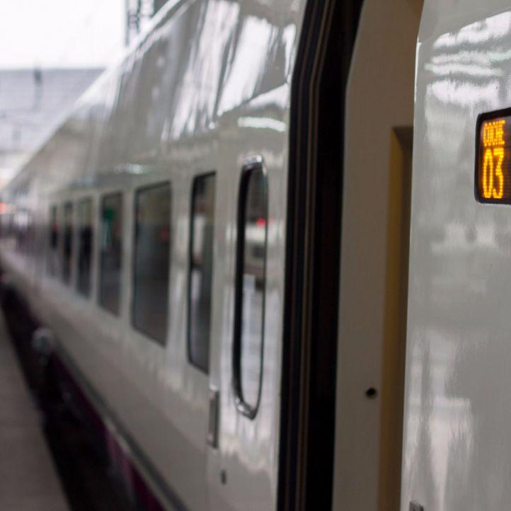Durante la jornada del viernes Renfe estableció un Plan Alternativo de Transporte para facilitar la conexión Alicante-Madrid.