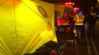 Muere un motorista al chocar con un coche en General Ricardos