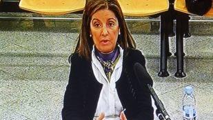 La mujer de Bárcenas se escuda en que firmó los documentos que le pedía su marido