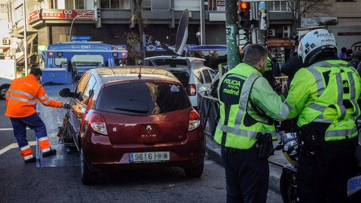 Activación del escenario III del protocolo por alta contaminación en la almendra central de Madrid, que significa la prohibición de los vehículos con matrícula par por el interior de la M30.