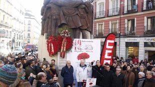 Un centenar de personas homenajea a las víctimas del atentado de Atocha 55