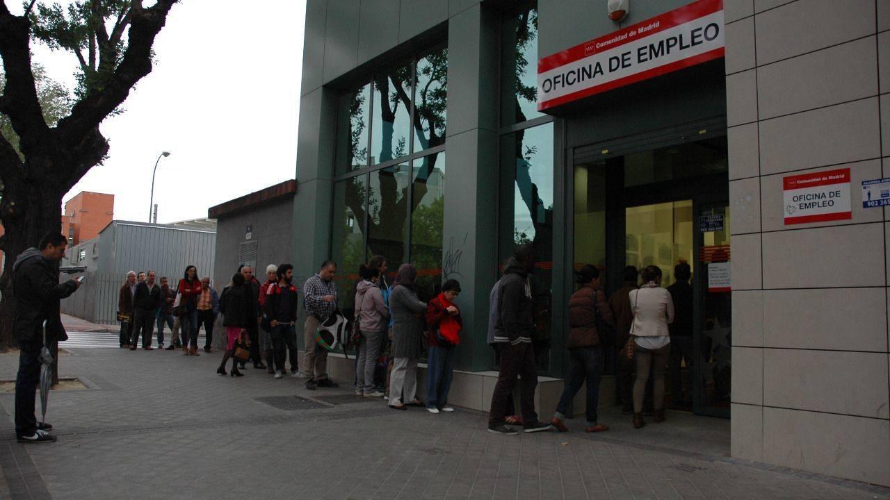 Madrid cerr 2016 con parados menos madridiario for Oficina inem madrid