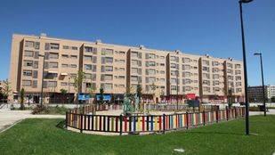 La Comunidad se compromete a construir el acceso a El Casar que pedían los 3.500 vecinos de Los Molinos