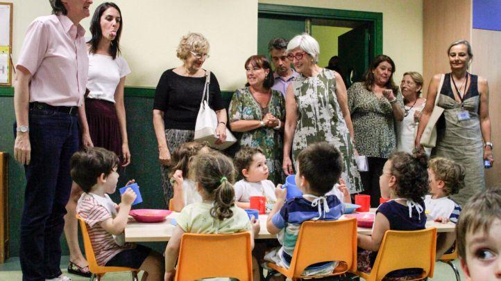 Visita de la alcaldesa a una escuela infantil