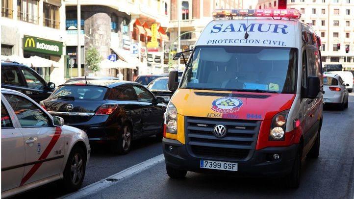 En estado crítico un trabajador tras caerse desde un tercer piso