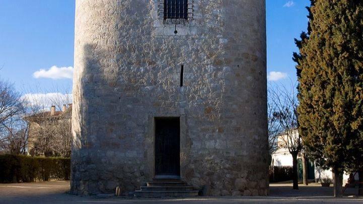 Comunidad y Ayuntamiento quieren 'romper el cerrojo' de la Torre de Éboli de Pinto
