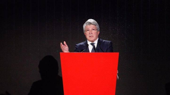 Enrique Cerezo, presidente del Atlético de Madrid, durante la presentación.