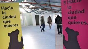 Los concejales Guillermo Zapata y Nacho Murgui visitan el nuevo espacio ciudadano de Fuencarral-El Pardo
