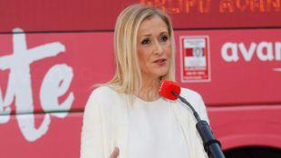 Cifuentes afronta una semana decisiva: espera tener listos los presupuestos y su decisión sobre la presidencia del PP de Madrid