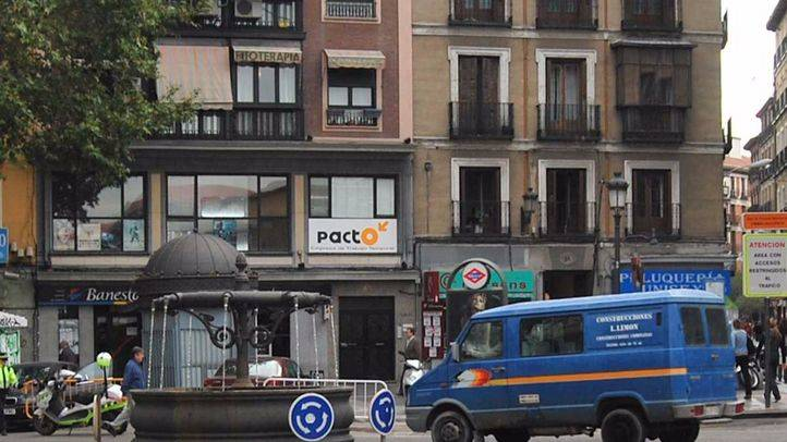 Madrid convierte 112 plazas de aparcamiento azules en verdes para los vecinos de La Latina